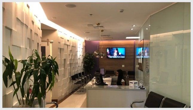 Depoimentos de nossos pacientes de estética dental e implante dentário